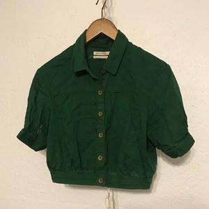 GREEN CROPPED BUTTON DOWN BLOUSE